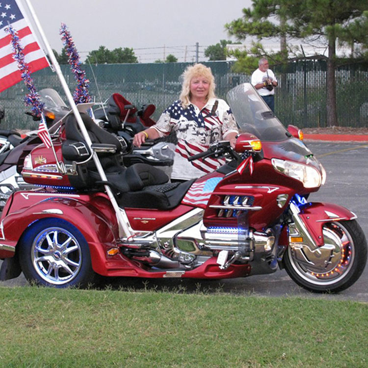 "Dale Snipes rides her motorcycle to different states as a way to say ""thank you"" to veterans and servicemembers."