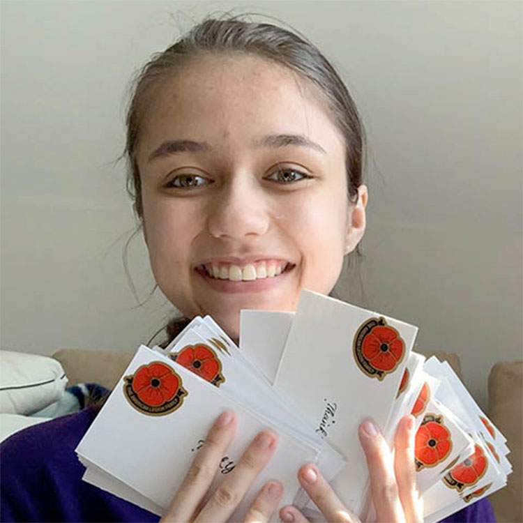 Virginia Junior provides handwritten thank-you cards for servicemembers